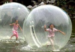 Mega Burbujas Gigantes y Lanchas Acuaticas