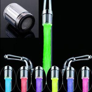 Adaptador para llaves de baño con luces LED